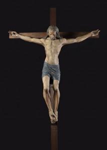 Antonio-del-Pollaiolo-Crocifisso-1470-1480-circa-sughero-gesso-stoppa-e-seta-dipinti-cm-159-x-160-la-figura-cm-314-x-160-la-croce-comprensiva-delle-aggiunte-©Firenze-Basilica-di-San-Lorenzo-transetto-destro-cappella-Corsi